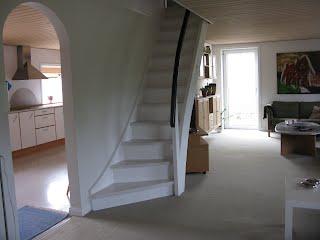 stue m/trappe til 1. sal